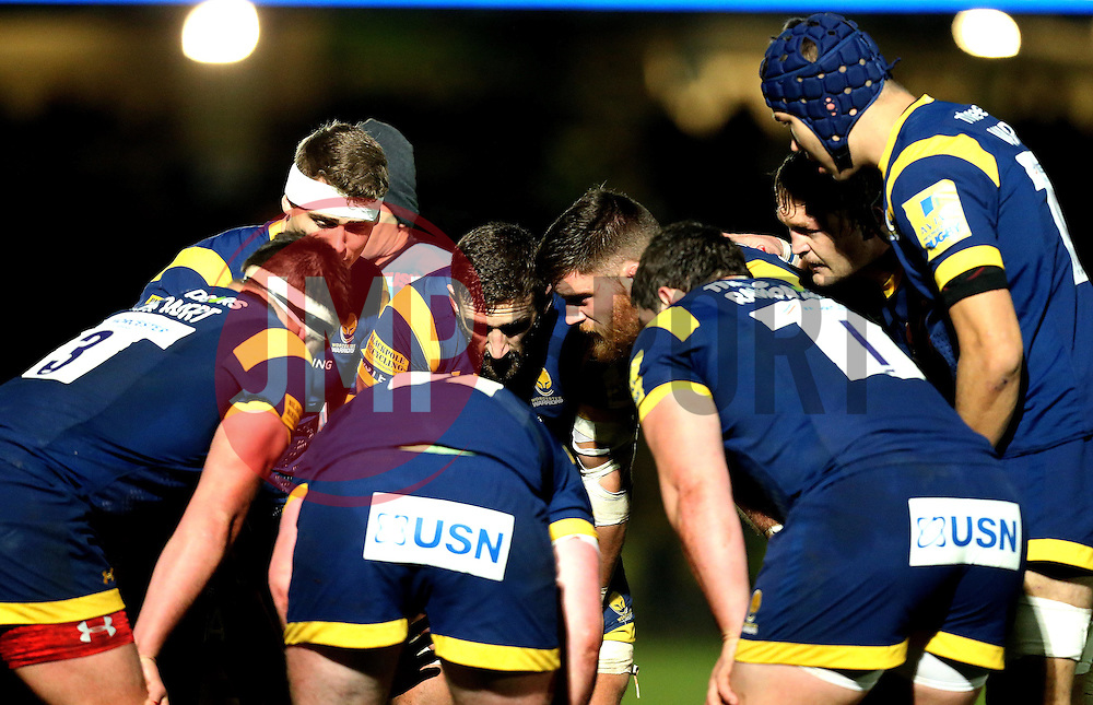 Worcester Warriors forwards huddle ahead of a set piece - Mandatory by-line: Robbie Stephenson/JMP - 18/11/2016 - RUGBY - Sixways Stadium - Worcester, England - Worcester Warriors v Northampton Saints - Aviva Premiership