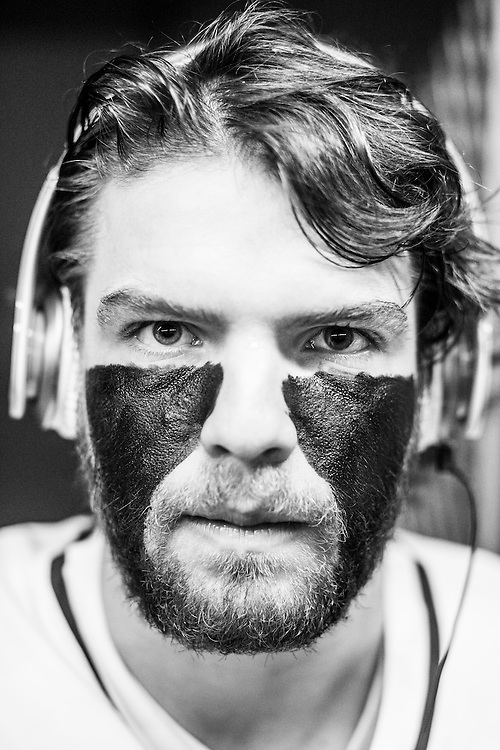 05/24/2015- Philadelphia, Penn. - Tufts attack John Uppgren, A16, shows off his eye black in the locker room at Lincoln Financial Field before the NCAA Division III Men's Lacrosse National Championship Game on May 24, 2015. (Kelvin Ma/Tufts University)