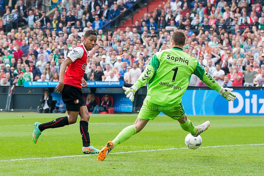 ROTTERDAM, Feyenoord - Go Ahead Eagles, voetbal Eredivisie, seizoen 2013-2014, 30-03-2014, Stadion de Kuip, Feyenoord speler Jean-Paul Boetius (L) scoort de 3-0, Go Ahead Eagles keeper Stephan Andersen (R) is kansloos.