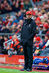 LIVERPOOL, ENGLAND - Saturday, January 28, 2017: Liverpool's manager Jürgen Klopp cuts an unhappy figure on the touch-line as he watches his side lose 2-1 to Wolverhampton Wanderers during the FA Cup 4th Round match at Anfield. (Pic by David Rawcliffe/Propaganda)