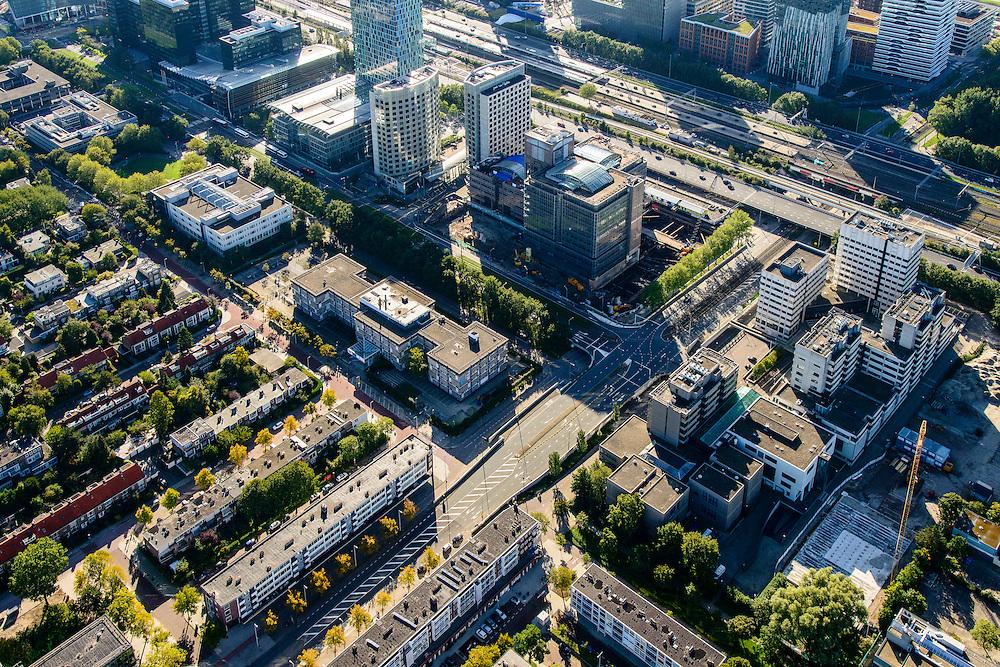 Nederland, Noord-Holland, Amsterdam, 27-09-2015; Overzicht Zuid-as, Ringweg A10 en Station Zuid-WTC. Rechts aan de Parnassusweg Rechtbank Amsterdam.<br /> Zuid-as, South axis, Amsterdam equivalent of 'the City', financial district.<br /> luchtfoto (toeslag op standard tarieven);<br /> aerial photo (additional fee required);<br /> copyright foto/photo Siebe Swart