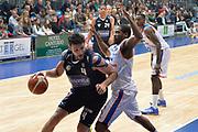 DESCRIZIONE : Cantu, Lega A 2015-16 Acqua Vitasnella Cantu'  Manital Auxilium Torino<br /> GIOCATORE : Dejan Ivanov<br /> CATEGORIA : Palleggio difesa<br /> SQUADRA : Manital Auxilium Torino<br /> EVENTO : Campionato Lega A 2015-2016<br /> GARA : Acqua Vitasnella Cantu'  Manital Auxilium Torino<br /> DATA : 24/10/2015<br /> SPORT : Pallacanestro <br /> AUTORE : Agenzia Ciamillo-Castoria/I.Mancini<br /> Galleria : Lega Basket A 2015-2016 <br /> Fotonotizia : Cantu'  Lega A 2015-16 Acqua Vitasnella Cantu' Manital Auxilium Torino<br /> Predefinita :