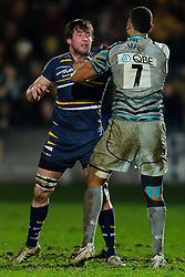 Worcester replacement (#20) Neil Best and Leicester Flanker (#7) Steve Mafi square up after a disagreement during the second half of the match - Photo mandatory by-line: Rogan Thomson/JMP - Tel: Mobile: 07966 386802 04/01/2012 - SPORT - RUGBY - Sixways - Worcester. Worcester Warriors v Leicester Tigers - Aviva Premiership.