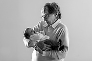 Mama Lou and Joe come visit Ella Lou for the first time on her 2 week bday.<br />  <br /> Photo by Elliott Hess   UK Athletics