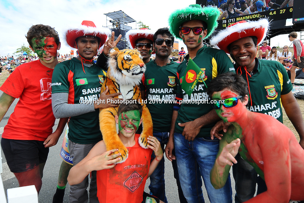 Fans during the 2015 ICC Cricket World Cup match between Bangladesh v Scotland. Saxton Oval, Nelson, New Zealand. Thursday 5 March 2015. Copyright Photo: Chris Symes / www.photosport.co.nz