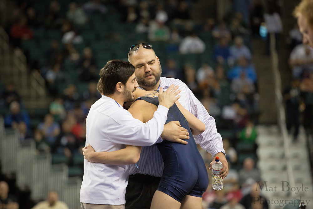 Dom Ruggierrio of Timber Creek (Blue) defeats Dylan Painton of South Plainfield in the 152 lb 3rd place match in the NJ State Wrestling Tournament at Boardwalk Hall in Atlantic CIty, NJ on Sunday March 10, 2013. (photo / Mat Boyle)