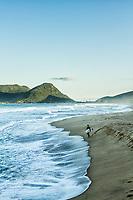 Praia da Armação. Florianópolis, Santa Catarina, Brasil. / Armacao Beach. Florianopolis, Santa Catarina, Brazil.