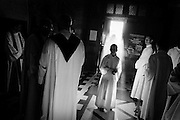L'objectif premier du Séminaire Notre-Dame est d'assurer la formation théologique et pastorale des futurs prêtres incardinés dans le diocèse de Namur et dans les diocèses de Malines-Bruxelles, Tournai et Liège-, mais également d'accueillir et de former d'autres candidats au sacerdoce, issus d'autres diocèses, de congrégations religieuses ou de communautés nouvelles..Cette tâche, belle et exigeante, de la formation des prêtres est cruciale pour l'Église, qui aura toujours besoin de prêtres saints et instruits, équilibrés, heureux, humbles et soucieux de faire aimer le Christ et l'Église. Pour s'orienter dans cette tâche, le Séminaire Notre-Dame veille constamment à la qualité de contenu et à la bonne articulation des axes majeurs de la formation, tels qu'ils sont tracés dans le décret Optatam Totius du Concile Vatican II et dans les documents romains ultérieurs, à savoir la formation spirituelle, la formation doctrinale, la formation pastorale et l'apprentissage de la vie fraternelle et du partage des responsabilités.....
