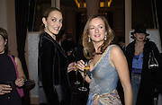 Catherine Bailey and Lucy Yeomans. David Bailey dinner hosted by Lucy Yeomans at Gordon Ramsay at Claridge's. 12 November 2001. © Copyright Photograph by Dafydd Jones 66 Stockwell Park Rd. London SW9 0DA Tel 020 7733 0108 www.dafjones.com