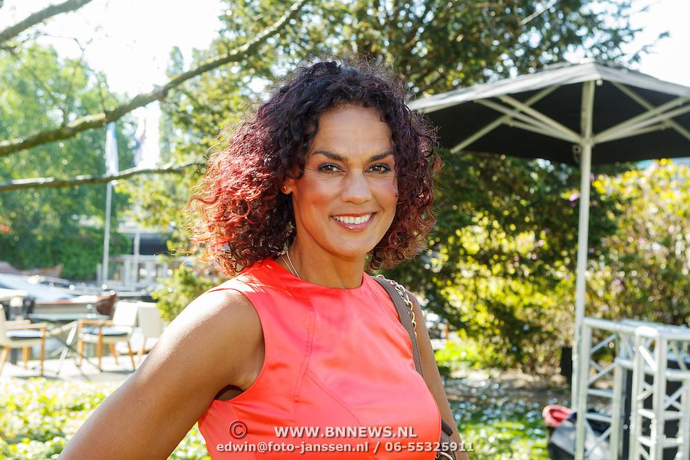 NLD/Amserdam/20150604 - Uitreiking Talkies Terras Award 2015 en onthulling cover, Chimene van Oosterhout