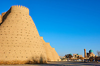 Ouzbekistan, Boukhara, patrimoine mondial de l Unesco, la forteresse Ark et la mosquee Kalon // Uzbekistan, Bukhara, Unesco world heritage, Kalon mosque and Ark fortress