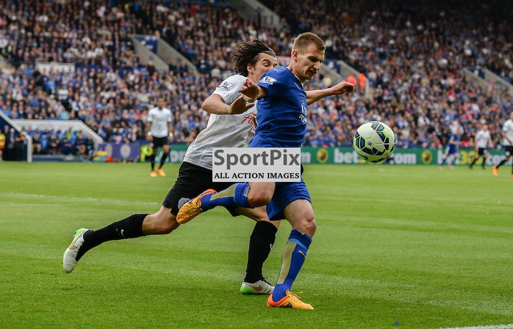 Marc Albrighton defends against Joey Barton (c) Simon Kimber | SportPix.org.uk