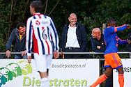 24-08-2015 VOETBAL: JONG WILLEM II-JONG FEYENOORD:TILBURG<br /> <br /> Trainer/Coach Jurgen STREPPEL van Willem II en Raymond Vissers (R) en Mischa Rook (L)<br /> <br /> Foto: Geert van Erven