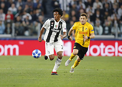 October 2, 2018 - Turin, Italy - Juan Cuadrado during Champions League match between Juventus v Young Boys, in Turin, on October 2, 2018. (Credit Image: © Loris Roselli/NurPhoto/ZUMA Press)