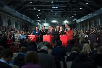 14 DEC 2013, BERLIN/GERMANY:<br /> Andrea Nahles, Manuela Schwesig, Frank-Walter Steinmeier, Sigmar Gabriel, Thomas Oppermann, Olaf Scholz, Jan Stoess, Hannelore Kraft, Barbara Hendricks, (v.L.n.R.), Pressekonferenz anl. der Verkuendung des Ergebnisses der Auszaehlung des SPD Mitgliederentscheids zur Bildung einer grossen Koalition mit CDU und CSU, Station Berlin<br /> IMAGE: 20131214-01-023<br /> KEYWORDS: Verkündung, Auszählung, applaudiren, klatschen, Applaus, Jan Stöß