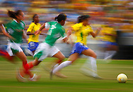 Rio de Janeiro, Brazil, July 23 of 2007:   Brazil X Mexico during the women football semifinal.   (Photo: Caio Guatelli)
