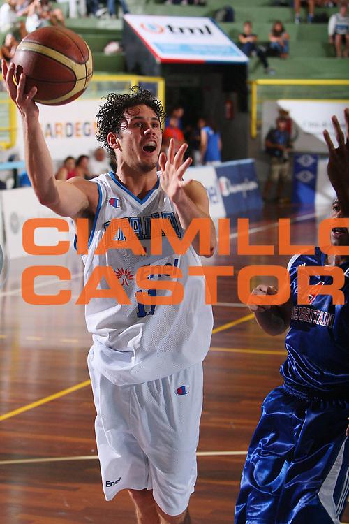 DESCRIZIONE : Cagliari Torneo Internazionale Sardegna a canestro Italia Inghilterra <br /> GIOCATORE : Luca Vitali <br /> SQUADRA : Nazionale Italia Uomini <br /> EVENTO : Raduno Collegiale Nazionale Maschile <br /> GARA : Italia Inghilterra Italy Great Britain <br /> DATA : 15/08/2008 <br /> CATEGORIA : Tiro <br /> SPORT : Pallacanestro <br /> AUTORE : Agenzia Ciamillo-Castoria/S.Silvestri <br /> Galleria : Fip Nazionali 2008 <br /> Fotonotizia : Cagliari Torneo Internazionale Sardegna a canestro Italia Inghilterra <br /> Predefinita : si