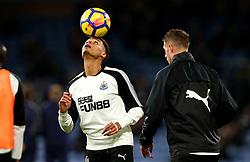 Isaac Hayden of Newcastle United controls the ball on his head - Mandatory by-line: Robbie Stephenson/JMP - 30/10/2017 - FOOTBALL - Turf Moor - Burnley, England - Burnley v Newcastle United - Premier League