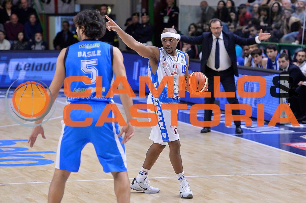 DESCRIZIONE : Beko Legabasket Serie A 2015- 2016 Dinamo Banco di Sardegna Sassari - Betaland Capo d'Orlando<br /> GIOCATORE : Josh Akognon<br /> CATEGORIA : Palleggio Schema Mani<br /> SQUADRA : Dinamo Banco di Sardegna Sassari<br /> EVENTO : Beko Legabasket Serie A 2015-2016<br /> GARA : Dinamo Banco di Sardegna Sassari - Betaland Capo d'Orlando<br /> DATA : 20/03/2016<br /> SPORT : Pallacanestro <br /> AUTORE : Agenzia Ciamillo-Castoria/L.Canu