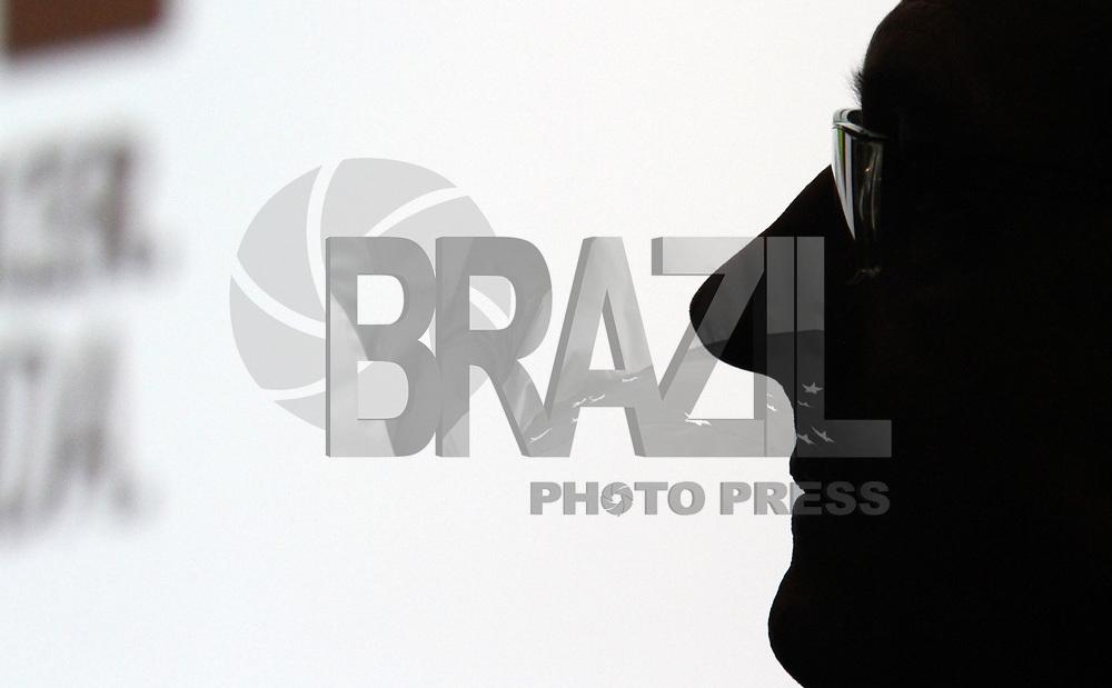 """SÃO PAULO, SP, 17 DE MAIO DE 2011 - DOE 1 DIA - O Instituto do Câncer do Estado de São Paulo (Icesp), ligado à Secretaria de Estado da Saúde e à Faculdade de Medicina da USP, inicia nesta terça-feira, 17 de maio, o movimento """"Doe 1 Dia"""", para mobilizar e incentivar a população paulista quanto à importância da realização de exames preventivos que podem detectar o câncer. O lançamento oficial da campanha foi feito nesta manhã, no auditório do Icesp, pelo governador Geraldo Alckmin. (FOTO: EDSON LOPES JR. / NEWS FREE)."""