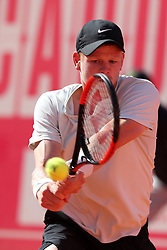 May 4, 2018 - Estoril, Portugal - Kyle Edmund of Great Britain returns a ball to Joao Sousa of Portugal during the Millennium Estoril Open ATP 250 tennis tournament quarterfinals, at the Clube de Tenis do Estoril in Estoril, Portugal on May 4, 2018. (Credit Image: © Pedro Fiuza via ZUMA Wire)