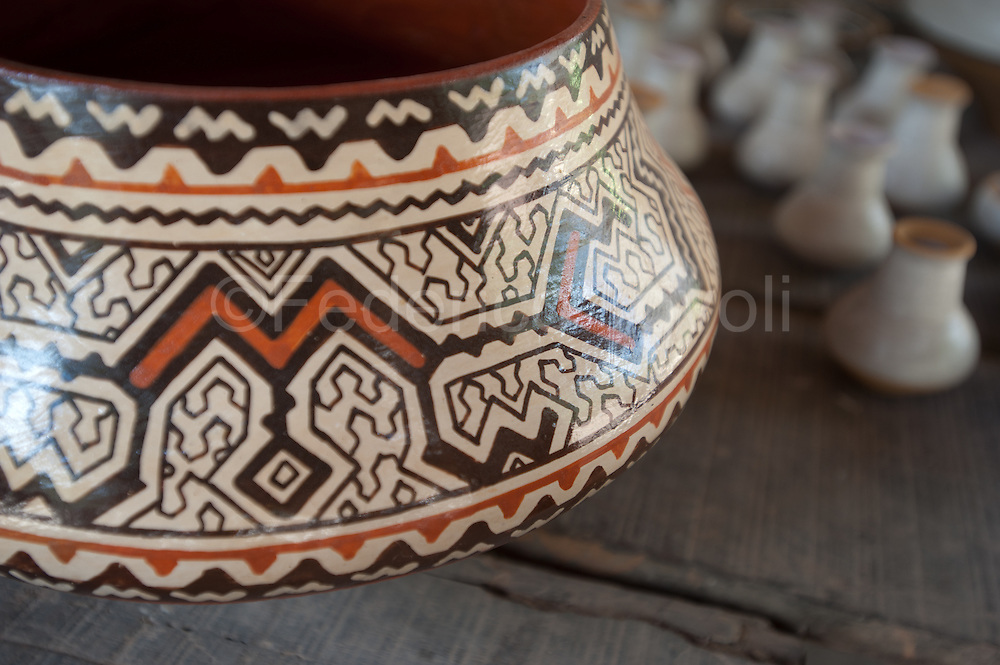 Shipibo pottery . San Francisco community, Yarinacocha, Pucallpa