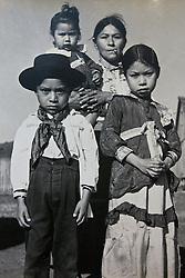 Índia de Três Passos, foto reprodução do século 19. FOTO: Lucas Uebel/Preview.com