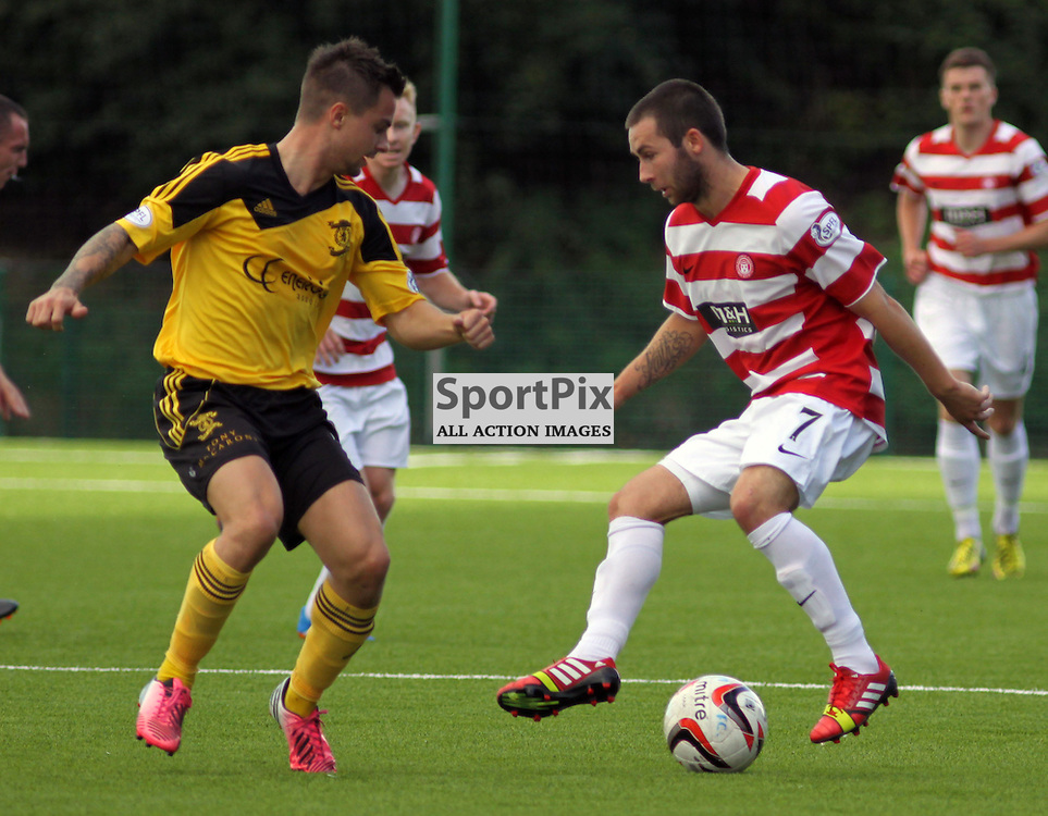 james keatings of hamilton takes on keaghan jacobs of livingston (c) Craig Jardine | sportpix.org.uk