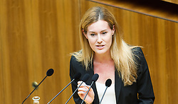 16.06.2016, Parlament, Wien, AUT, Parlament, Nationalratssitzung, Sitzung des Nationalrates mit Wahl der neuen Rechnungshofpräsidentin, im Bild Nationalratsabgeordnete NEOS Claudia Gamon // Member of Parliament NEOS Claudia Gamon during meeting of the National Council of austria with election of the new president of the austrian court of audit at austrian parliament in Vienna, Austria on 2016/06/16, EXPA Pictures © 2016, PhotoCredit: EXPA/ Michael Gruber
