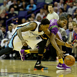 Feb 1, 2016; New Orleans, LA, USA; \New Orleans Pelicans guard Toney Douglas (16) and Memphis Grizzlies guard Mario Chalmers (6) scramble for a loose ball during the second half of a game at the Smoothie King Center. The Grizzlies defeated the Pelicans 110-95. Mandatory Credit: Derick E. Hingle-USA TODAY Sports