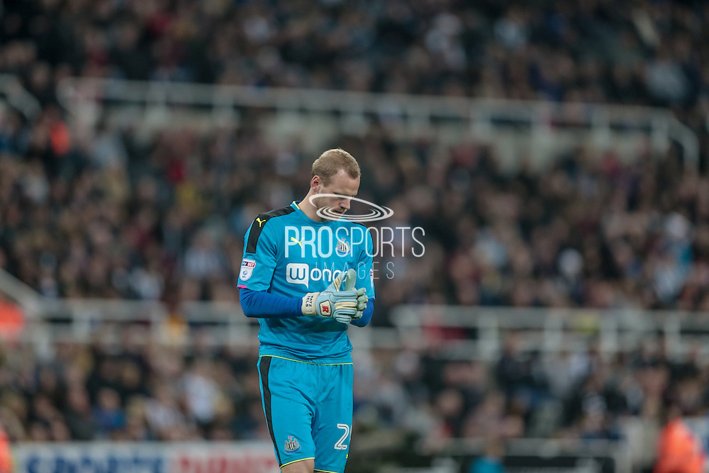 Matz Sels (Newcastle United) during the EFL Cup 4th round match between Newcastle United and Preston North End at St. James's Park, Newcastle, England on 25 October 2016. Photo by Mark P Doherty.