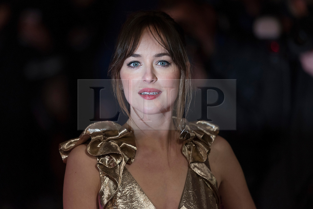 &copy; Licensed to London News Pictures. 09/02/2016. London, UK. <br /> DAKOTA JOHNSON attends the UK film premiere of 'How To Be Single'.  The film is about a woman writing a book about bacherlorettes who becomes embroiled in an international affair while researching abroad<br /> Photo credit: Ray Tang/LNP