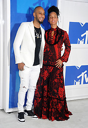 Swizz Beatz and Alicia Keys arriving at the MTV Video Music Awards at Madison Square Garden in New York City, NY, USA, on August 28, 2016. Photo by ABACAPRESS.COM  | 560634_040 New York City Etats-Unis United States