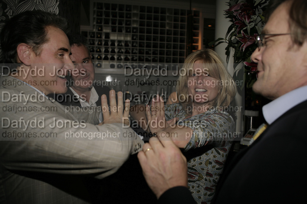 Peter York and Rachel Johnson, The Sound of No Hands Clapping. Toby Young book launch. High Road House. Chiswick, London. 11 September 2006. ONE TIME USE ONLY - DO NOT ARCHIVE  © Copyright Photograph by Dafydd Jones 66 Stockwell Park Rd. London SW9 0DA Tel 020 7733 0108 www.dafjones.com