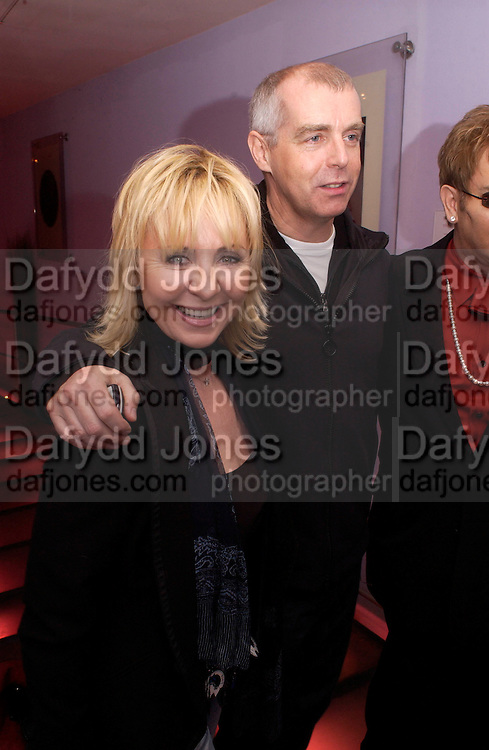 Lulu, Neil Tennant,, Theo Fennell party to celebrate their 21st Anniversary. The Collection. 28 October 2003. © Copyright Photograph by Dafydd Jones 66 Stockwell Park Rd. London SW9 0DA Tel 020 7733 0108 www.dafjones.com
