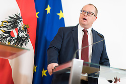 30.04.2019, Bundeskanzleramt, Wien, AUT, Bundesregierung, Pressekonferenz zur Presentation der Steuerreform, im Bild Staatssekretär im Finanzministerium Hubert Fuchs (FPÖ) // Austrian State Secretary of the Finance Ministry Hubert Fuchs during media conference due to fiscal reform at federal chancellors office in Vienna, Austria on 2019/04/30 EXPA Pictures © 2019, PhotoCredit: EXPA/ Michael Gruber