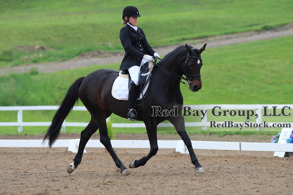 Alexandra Reid and Donna Gratia at the 2010 Equivents Spring Classic in Milton, Ontario.