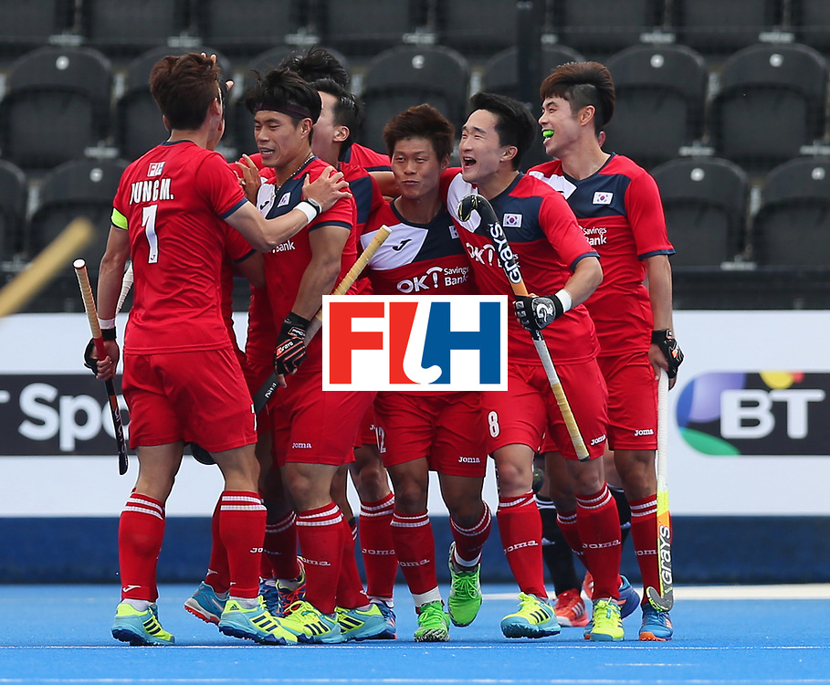 LONDON, ENGLAND - JUNE 15:  Namyong Lee of South Korea (12) celebrates as he scores their first goal with team mates during the Pool A match between Korea and Argentina on day one of Hero Hockey World League Semi-Final at Lee Valley Hockey and Tennis Centre on June 15, 2017 in London, England.  (Photo by Alex Morton/Getty Images)