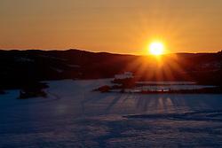 THEMENBILD - sonnenuntergang über dem Lake Aare, aufgenommen am Donnerstag, 15. März 2018. Die alpinen Ski- Weltmeisterschaften 2019 finden von 05. bis 17. Februar in Aare /Schweden statt // sunset over Lake Aare, pictured on Tuesday, March 13, 2018. The Alpine Skiing World Championships 2019 will take place from 05 to 17 February in Aare. Sweden on 2017/03/15. EXPA Pictures © 2018, PhotoCredit: EXPA/ Johann Groder