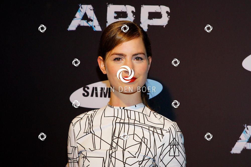 AMSTERDAM - In Tuschinski is de Nederlandse APP in premiere gegaan. Diversen bekende Nederlanders kwamen naar deze film kijken. Met hier op de foto  actrice Hannah Hoekstra. FOTO LEVIN DEN BOER - PERSFOTO.NU