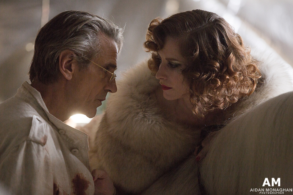 High Rise  Anthony Royal (Jeremy Irons) & Jane Sheridan (Sienna Guillory)