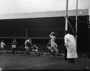 Football - Al Ireland Minor Football Final - Cork vs Galway<br /> 25/09/1960  26th September 1960<br /> <br /> All Ireland Minor Football Final between Cork and Galway at Croke Park.