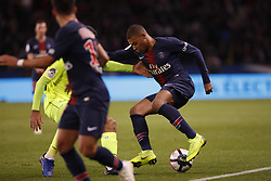 November 2, 2018 - Paris, Ile-de-France, France - Kylian Mbappe attends the soccer match game between PSG and Lille at the Parc de Prince, in Paris, France. On November 2, 2018. (Photo by Mehdi Taamallah / Nurphoto) (Credit Image: © Mehdi Taamallah/NurPhoto via ZUMA Press)