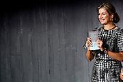 Koningin Maxima tijdens de Future of Finance conferentie van FMO, de Nederlandse Financieringsmaatschappij voor Ontwikkelingslanden. De conferentie richt zich op het verkrijgen van nieuwe inzichten en het uitwisselen van kennis en ervaringen op het gebied van inclusieve financiering in ontwikkelingslanden.<br /> <br /> Queen Maxima in the Future of Finance conference FMO, the Dutch Development Finance. The conference is aimed at gaining new insights and exchange knowledge and experiences in the field of inclusive finance in developing countries.