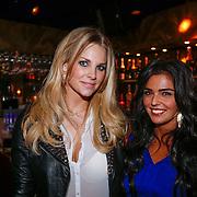 NLD/Amsterdam/20121126 - Bekendmaking FHM 500 Mooiste Meisjes 2012, Charlotte Labee en Laura Ponticorvo