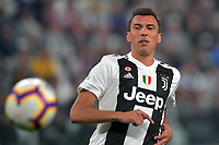 Mario Mandzukic of Juventus in action during the Serie A 2018/2019 football match between Juventus and Genoa CFC at Allianz Stadium, Turin, October, 20, 2018 <br />  Foto Andrea Staccioli / Insidefoto