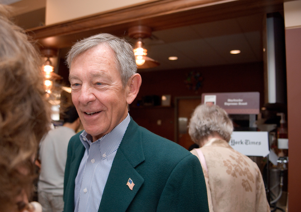 18660Golden Reunion, class of 1958: Tour of Baker Cente...Dale Walker & Mary Jane Walker with ..Senator George Voinovich & Mrs. Voinovich
