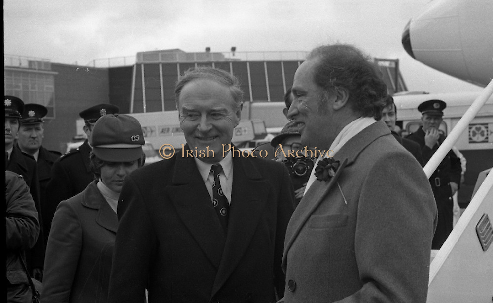 Canadian Prime Minister, Pierre Trudeau arrives in Dublin    (J17).14.03.1975.03.14.1975.3rd April 1975..Pierre Trudeau arrived today for a brief visit to Ireland. He was greeted by the Taoiseach Mr. Liam Cosgrave on his arrival at Dublin Airport..Picture of An Taoiseach Liam Cosgrave with Canadian Prime Minister Pierre Trudeau shortly after he disembarked from his plane.