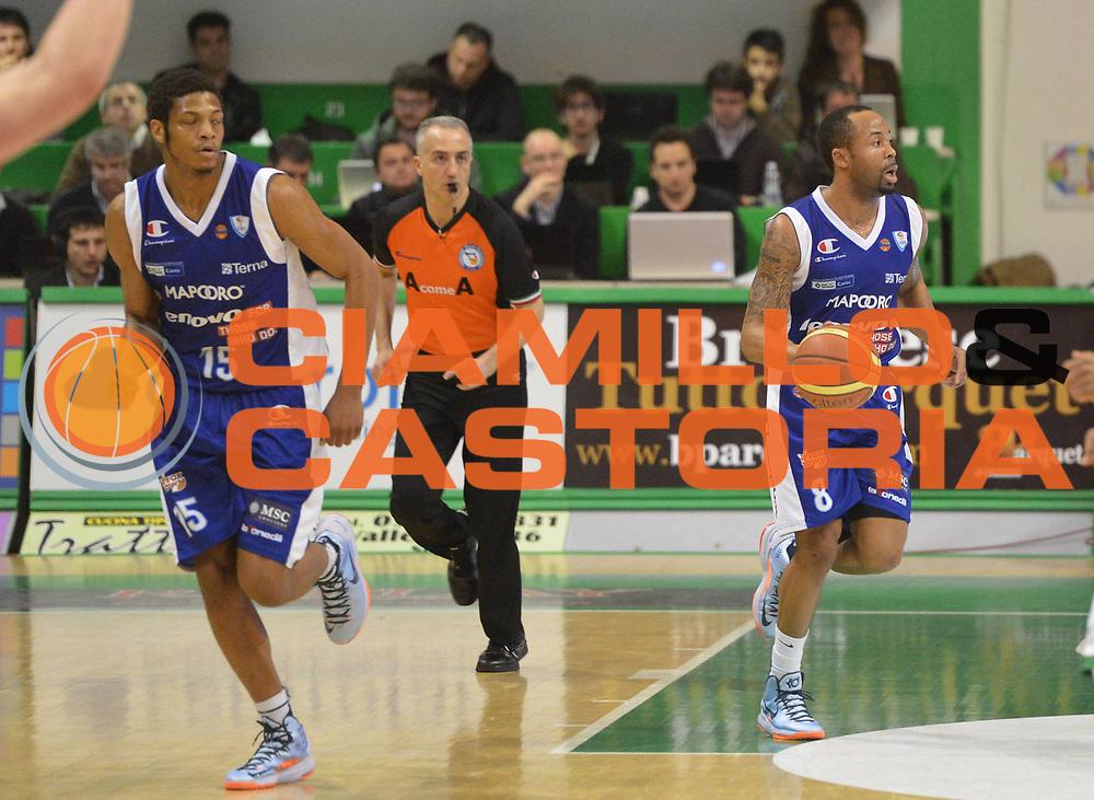DESCRIZIONE : Siena Lega A 2012-2013 Montepaschi Siena Lenovo Cantu<br /> GIOCATORE : Jerry Smith<br /> CATEGORIA : contropiede<br /> SQUADRA : Lenovo Cantu<br /> EVENTO : Campionato Lega A 2012-2013 <br /> GARA : Montepaschi Siena Lenovo Cantu<br /> DATA : 25/03/2013<br /> SPORT : Pallacanestro <br /> AUTORE : Agenzia Ciamillo-Castoria/GiulioCiamillo<br /> Galleria : Lega Basket A 2012-2013  <br /> Fotonotizia : Siena Lega A 2012-2013 Montepaschi Siena Lenovo Cantu<br /> Predefinita :
