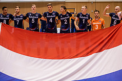 18-08-2017 NED: Oefeninterland Nederland - Itali&euml;, Doetinchem<br /> De Nederlandse volleybal mannen spelen hun eerste oefeninterland van twee in SaZa topsporthal tegen Italie als laatste voorbereiding op het EK in Polen / Team Nederland